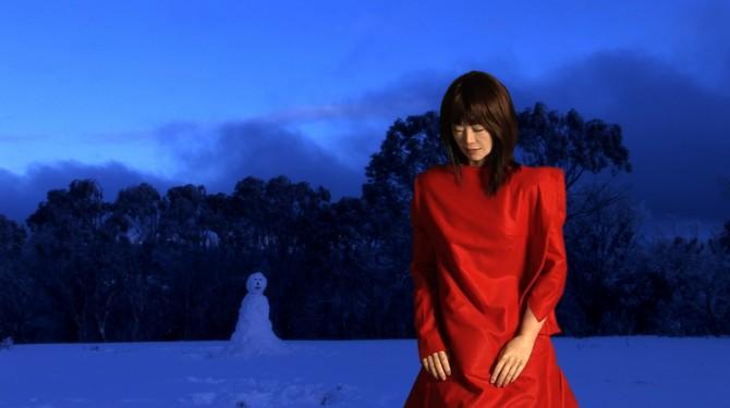 Velonaki_thewoman_the_snowman_artspace